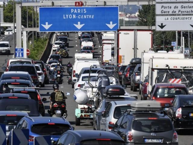 Samedi noir sur les routes et canicule: une journée très difficile