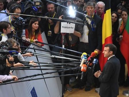 """""""Ne jamais décider, maladie grave de l'Europe"""" : coulisses du sommet sur le Brexit avec Emmanuel Macron"""