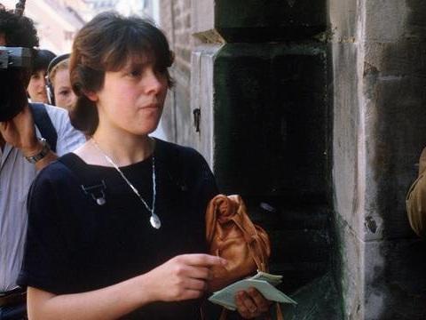 Affaire Grégory: Les époux Villemin sont «choqués» par les propos sexistes d'un policier dans la série documentaire de Netflix