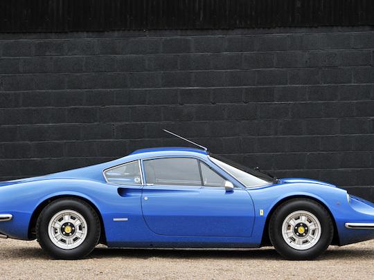 Ferrari refuse finalement de proposer une voiture moins chère