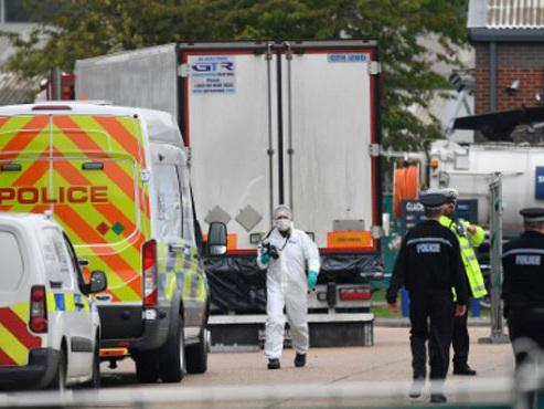 L'enquête sur le camion charnier en Angleterre se poursuit: deux personnes arrêtées au Vietnam
