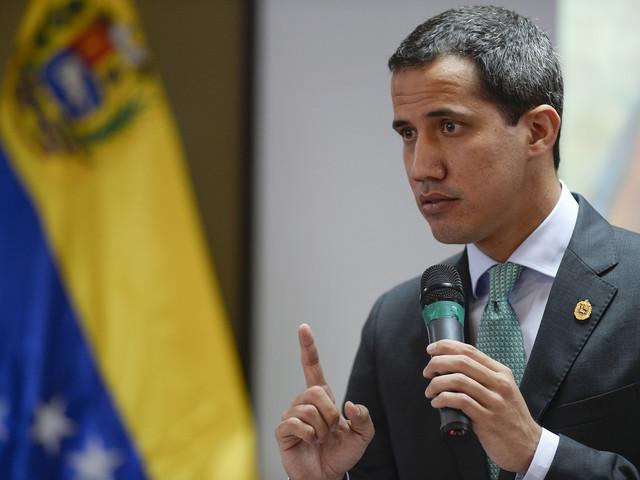 """Venezuela : le parquet ouvre une enquête contre l'opposant Guaido pour """"haute trahison"""""""