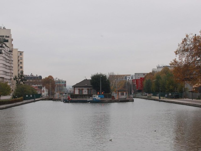 """""""C'est intenable, c'est long"""", témoigne la mère de l'adolescent porté disparu après une rixe en Seine-Saint-Denis"""