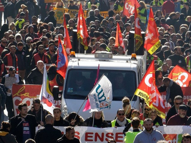 Grève du 5 décembre: comment les syndicats se préparent aux black blocs