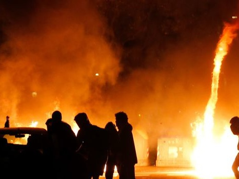 VIDÉOS. Scènes de guérilla urbaine à Barcelone après la condamnation d'indépendantistes
