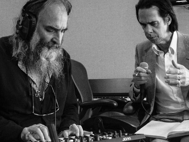 """""""Carnage"""", l'album surprise de Nick Cave et Warren Ellis est un sublime hymne rimbaldien"""