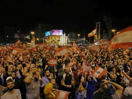 Des manifestants de tout le Liban rallient Tripoli dans le nord