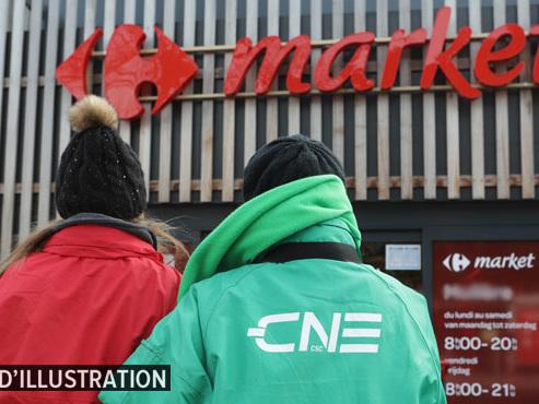 """Mouvement de grève devant le Carrefour de Wépion: """"Ça pourrait créer un effet boule de neige dans différentes enseignes"""""""