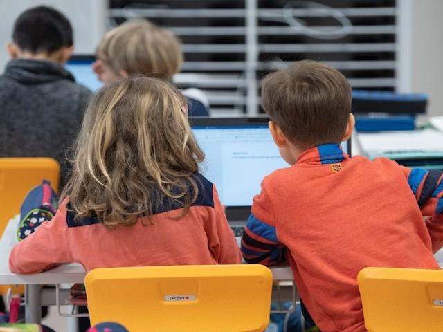 Coronavirus : pourquoi la fermeture des établissements scolaires risque d'agrandir la fracture numérique