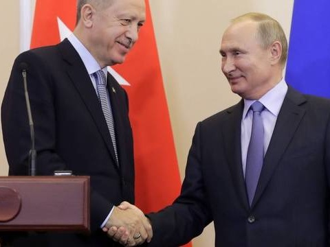 Syrie: Accord russo-turc sur un contrôle de la frontière et un retrait kurde