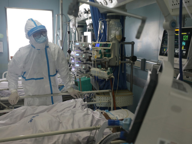 D'un médecin israélien en Italie : Nous n'aidons plus les personnes de plus de 60 ans