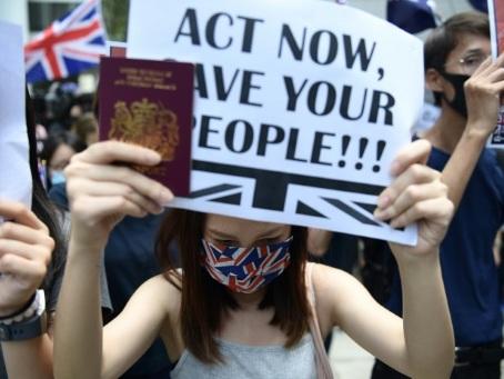 Hong Kong: les manifestants pro-démocratie en appellent à Londres