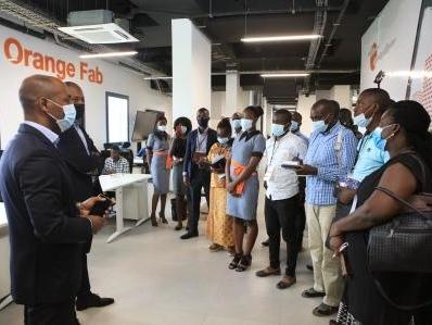 Orange inaugure un nouvel Orange Digital Center à Abidjan