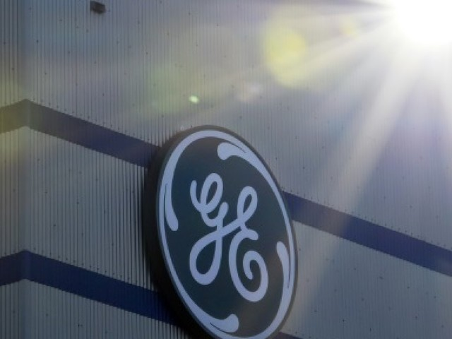 GE: charge exceptionnelle liée à l'assurance et possible scission