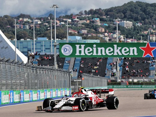Le crash de Giovinazzi aux essais libres du GP de Russie en vidéo