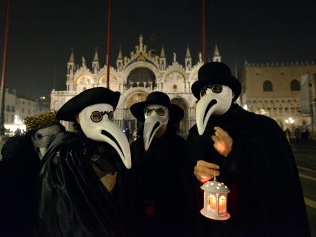 Procession à Venise contre la peste aux temps du coronavirus