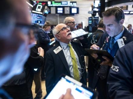 Wall Street fait une pause en attendant des nouvelles sur le front commercial