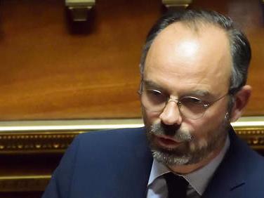 Édouard Philippe écarte l'idée d'une nouvelle loi sur le voile