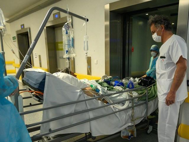 Les malades du coronavirus obèses ont 4 fois plus de risques d'en mourir, selon une étude