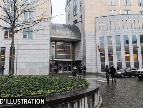 Chaudfontaine: 7 ans de prison requis contre deux des auteurs du viol collectif d'une fille de 16 ans