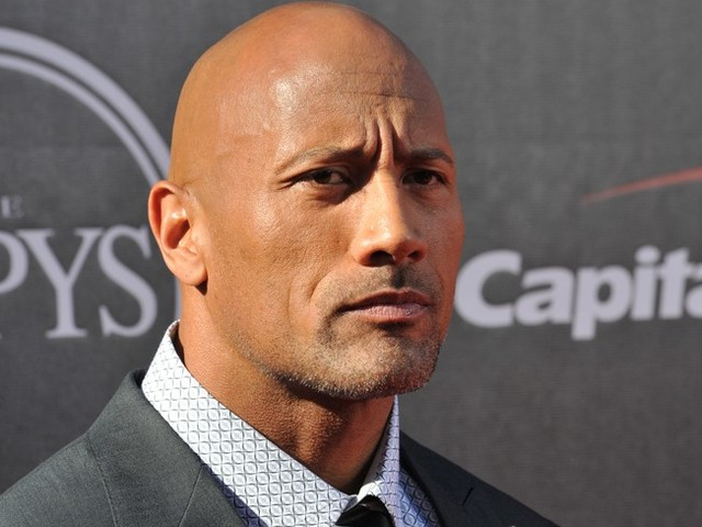 Dwayne Johnson : son père superstar de la WWE Rocky « Soulman » Johnson est mort