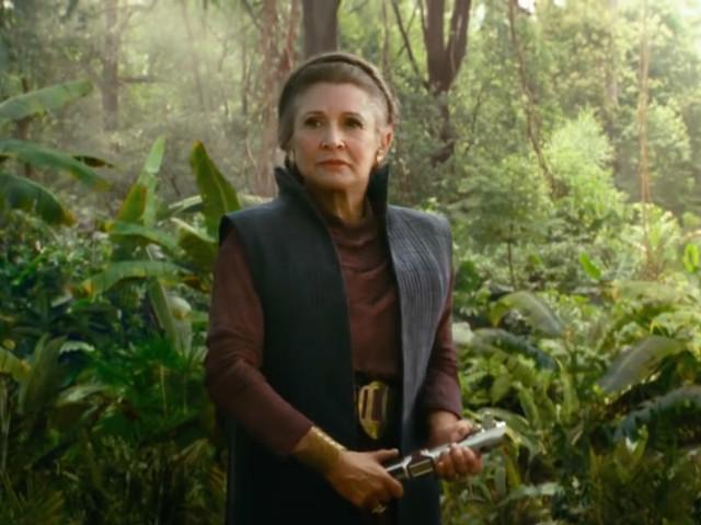Star Wars 9 : pourquoi Leia porte-t-elle un sabre laser dans le dernier spot TV ?