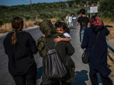 "A Moria, les réfugiés espérent ""sortir vite de cet enfer"""