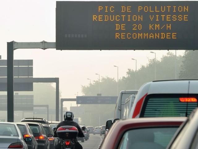 Pollution : circulation différenciée mise en place lundi dans la métropole lilloise, reconduite à Paris