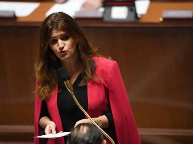 """Gilets jaunes et casseurs, Marlène Schiappa évoque les """"puissances étrangères"""""""