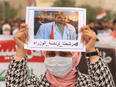 En Irak, des manifestants veulent faire de l'un d'eux le futur Premier ministre