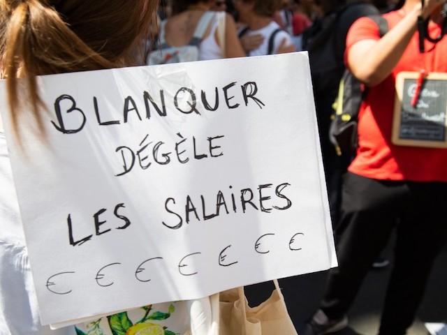 """""""Ne faites pas grève, vous ne serez pas compté"""" : comment les professeurs grévistes sont-ils comptabilisés ?"""