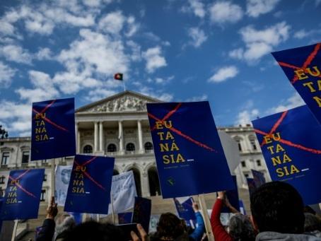 Le Portugal avance vers la légalisation de l'euthanasie
