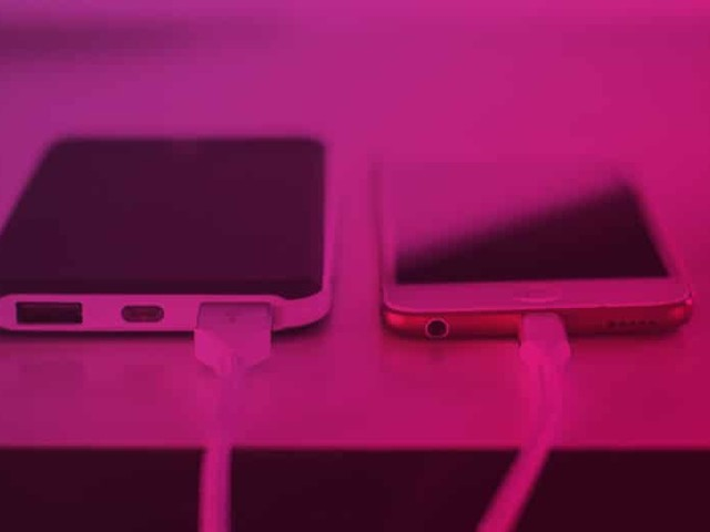 Mettez un «préservatif USB» sur votre smartphone avant de le brancher n'importe où