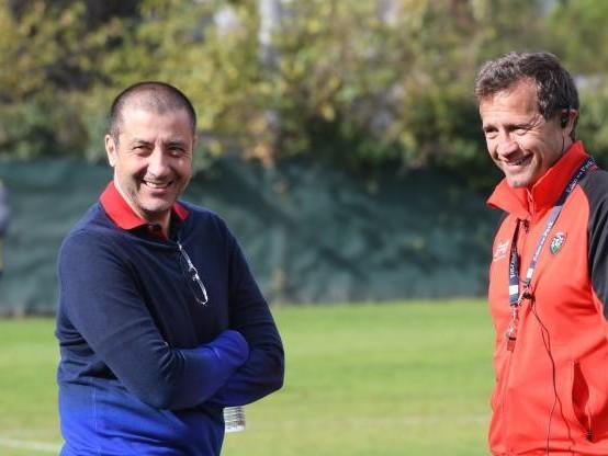 Rugby - WTF - La fausse conférence de presse pleine de dérision de Mourad Boudjellal
