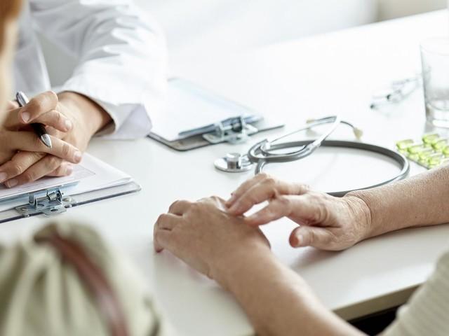 """Dans une tribune, 65 médecins appellent à agir pour """"repérer et prévenir les violences conjugales et sexuelles"""""""