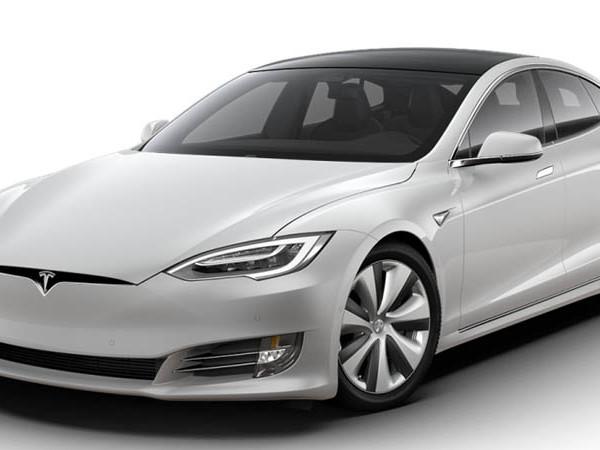 Tesla travaille sur une batterie offrant jusqu'à 640 km d'autonomie