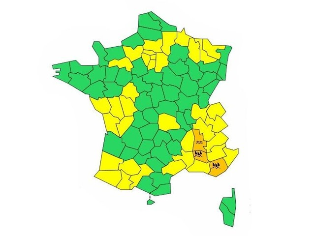Météo-France place 3 départements en vigilance orage et inondation