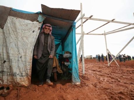 Syrie: les déplacés d'Idleb appellent l'ONU à renouveler l'aide transfrontalière