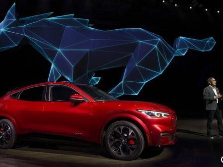 Ford se lance dans l'électrique au galop