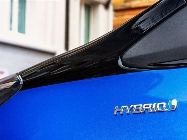 2016 : le TOP 5 des voitures hybrides en France