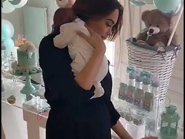 Nabilla maman : la baby shower de rêve organisée pour Milann à Paris
