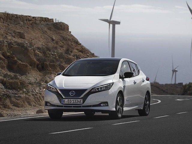 Passez à l'électrique avec la Nissan LEAF à partir de 24 990€