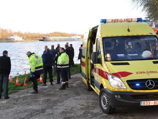 Macabre découverte à Lanaye: un corps sans vie repêché dans le canal Albert