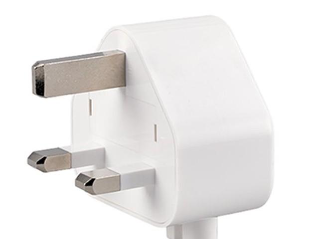 Un adaptateur secteur à trois broches rappelé par Apple