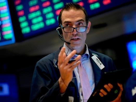 Wall Street recule, plombée par les déboires de Boeing et Johnson & Johnson