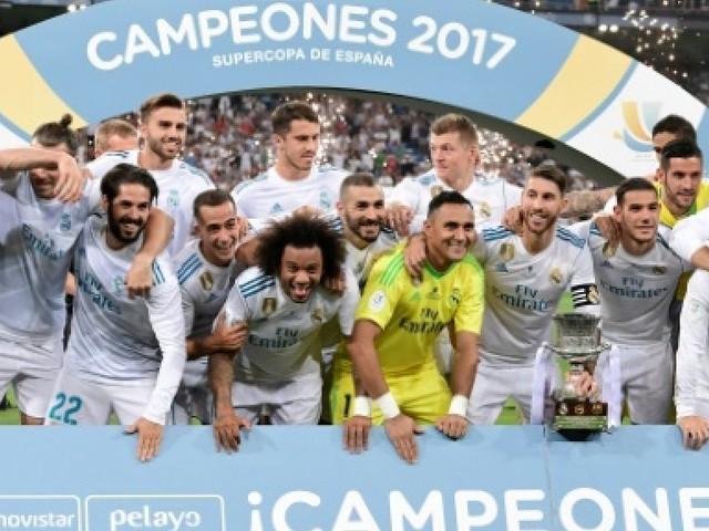 Supercoupe d'Espagne: Zidane et le Real au 7e ciel, le Barça en enfer
