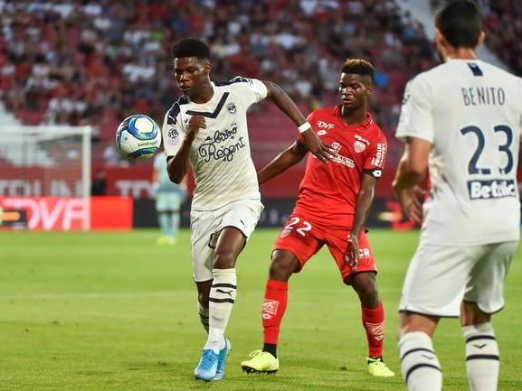 L1 : Bordeaux enfonce Dijon, Angers se remet bien