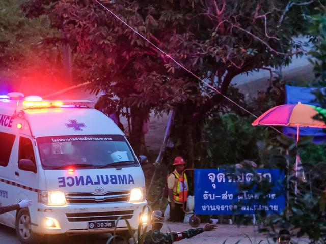 Thailande: Les 12 enfants et leur coach sortis sains et saufs de la grotte