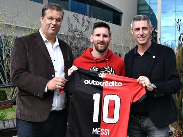 "Mercato Barça: Messi ""rêve"" toujours de retourner en Argentine"