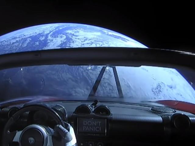 La Tesla envoyée dans l'espace vient d'achever son premier tour complet du soleil